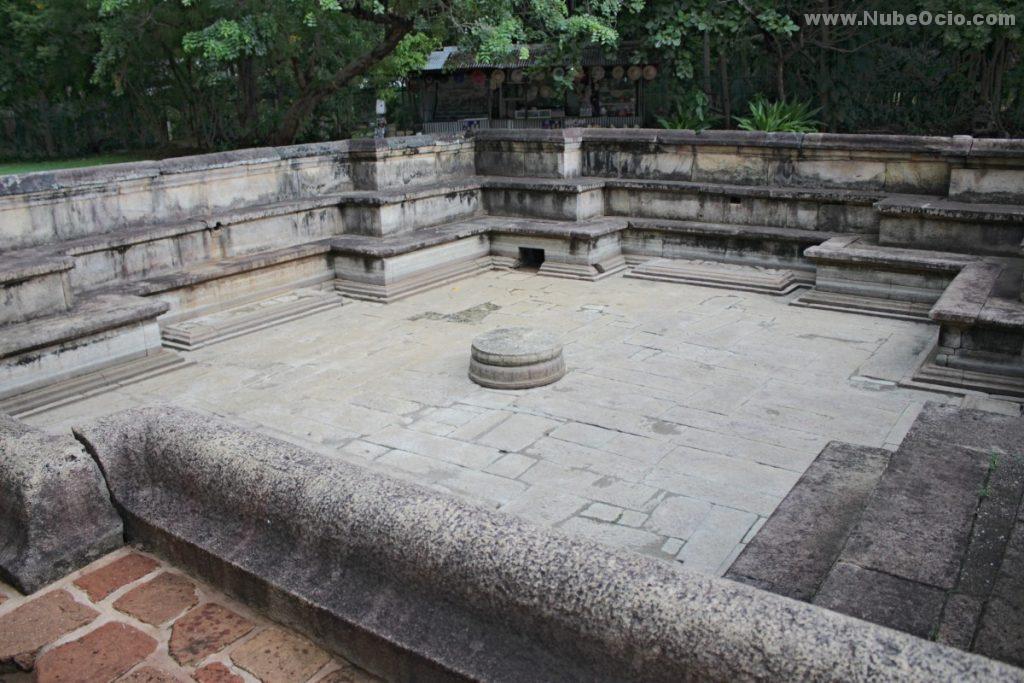 Estanque Kumara Polonnaruwa Sri Lanka