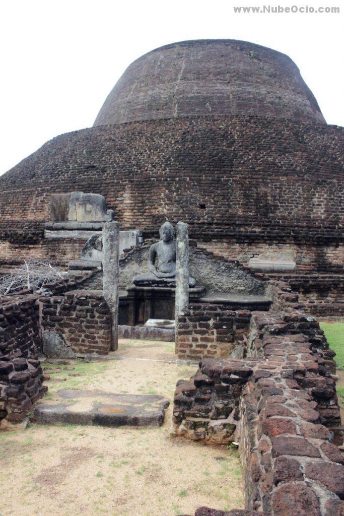 Pabalu Vehera Polonnaruwa Sri Lanka